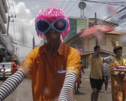 Songkran/Thingyan on the Thai Burma border 2014