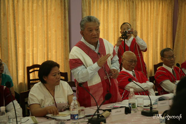 Photo of KNU and Burma government delegations kick-off ceasefire talks