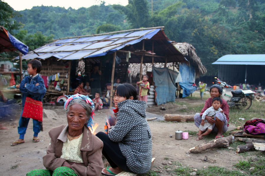 Photo of Burma's war in Kachin State leaves thousands stranded on border with China