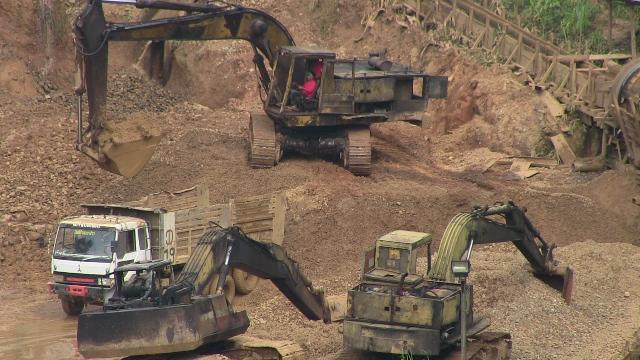 Photo of Mine pollution destroys village