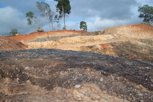 Photo of KNU Stops Coal Mine After Villagers Protest