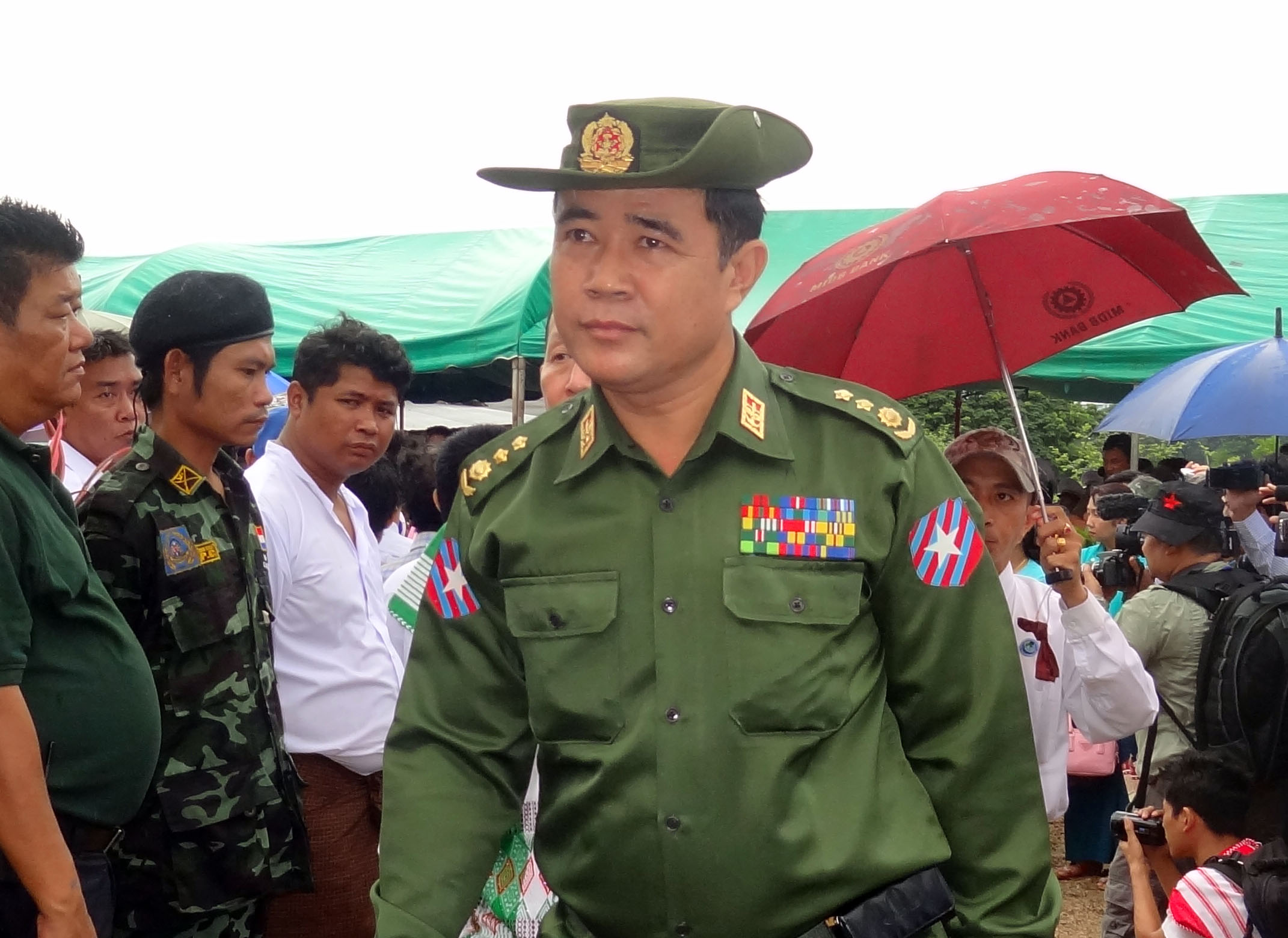 Photo of Border Security Affairs Minister talk economic zones, repatriation and rule of law with armed groups