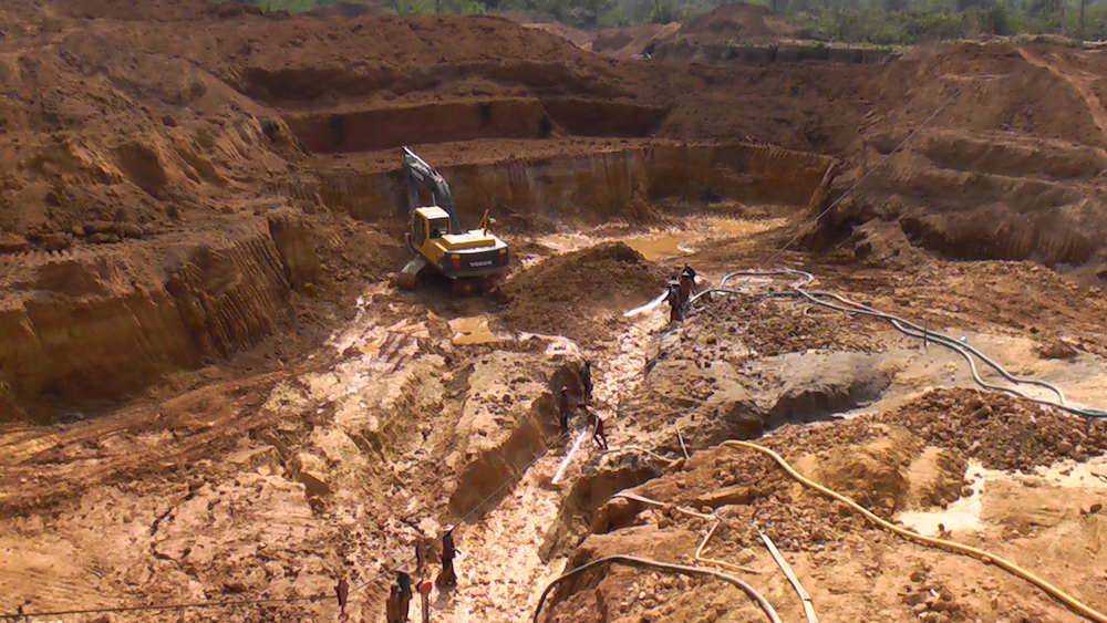 Photo of Villagers lose land to gold mining companies