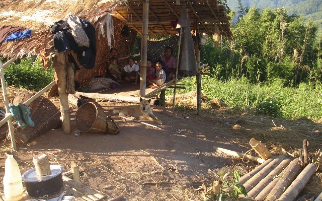 Photo of Karen groups concerned cross-border humanitarian aid decreasing