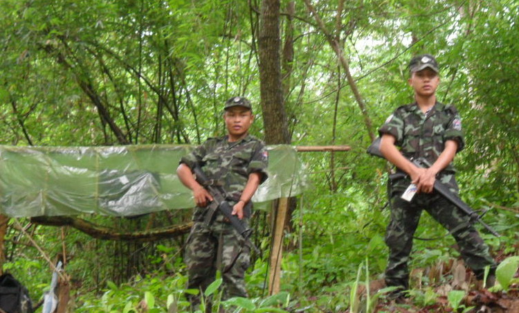 Photo of Burma Army Arrest Karen Soldiers Operating Tax Gate