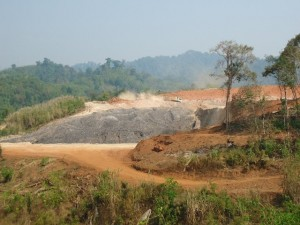 Photo of Villagers Allege Mining Company Using Burma Army As Muscle