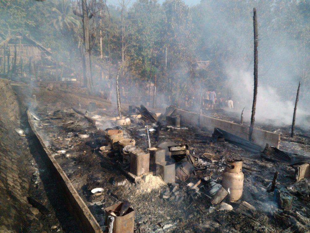 Photo of Refugee Camp Fire Leaves 600 Homeless