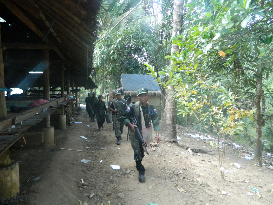 Photo of Fighting Between Burma Army and Karen Continues To Spread Statewide