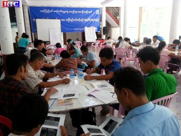 Photo of Despite Fighting – Karen Community Groups Step Up Efforts on Election Voting Awareness