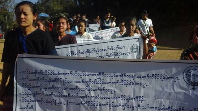 Photo of Karen Women Pressure Politicians To Fulfill Obligation To Increase Their Numbers In Peace Process
