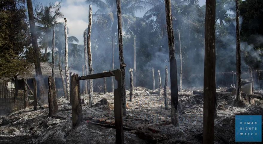 """Photo of HRW Blame Government Military for Burning Villages in Rakhine State – """"Witnesses and Satellite Imagery Reveal Pattern of Burning"""""""
