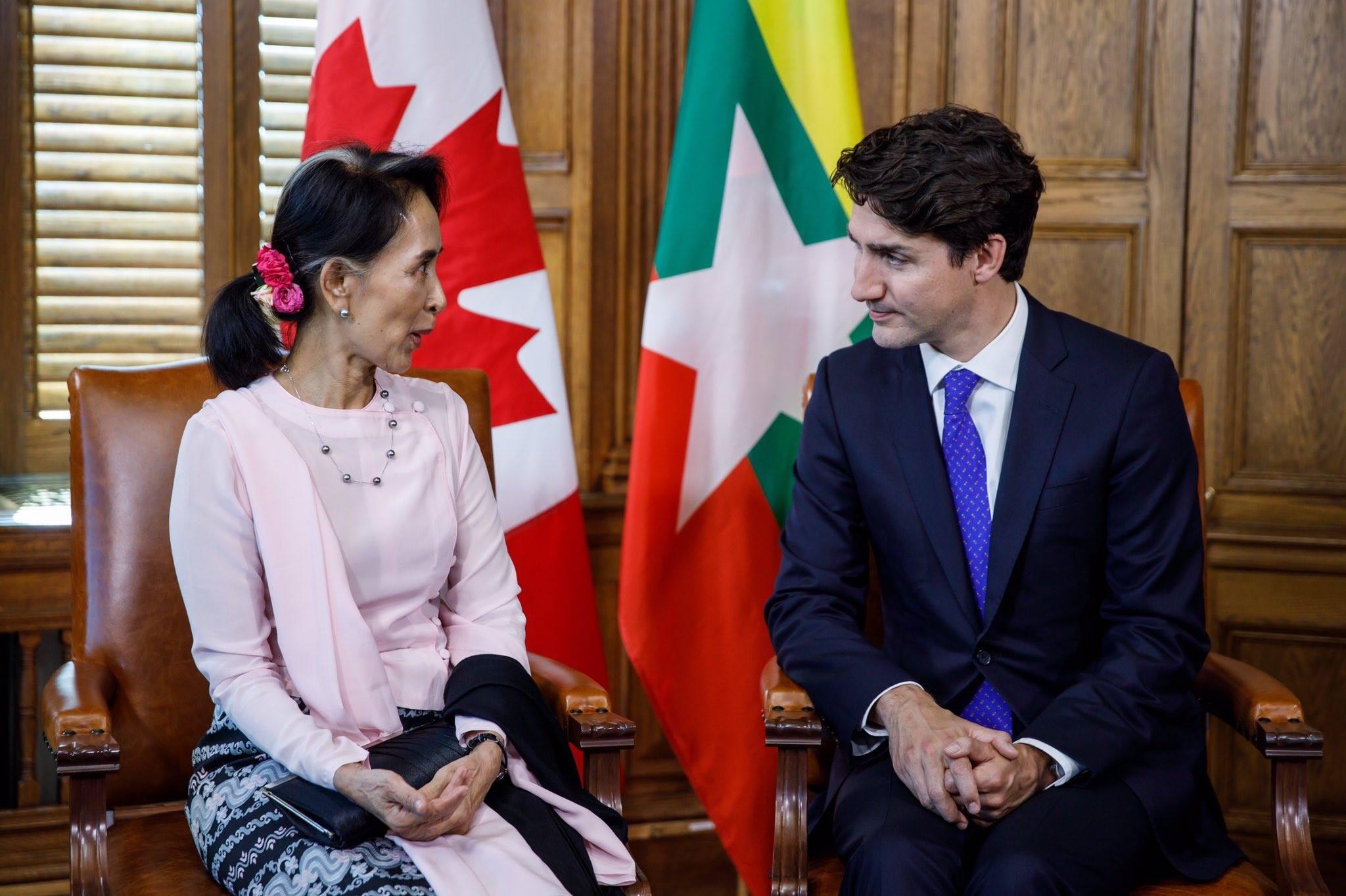 Photo of Karen Community Claims Suu Kyi's Canada Trip Fails to Address War, Displacement, Refugees or Militarization
