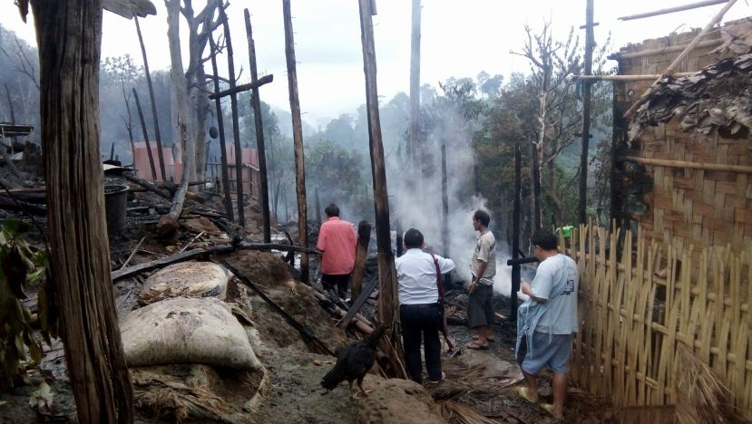 Photo of Karenni Refugee Camp in Need of Supplies to Rebuild Fire-ravaged Houses