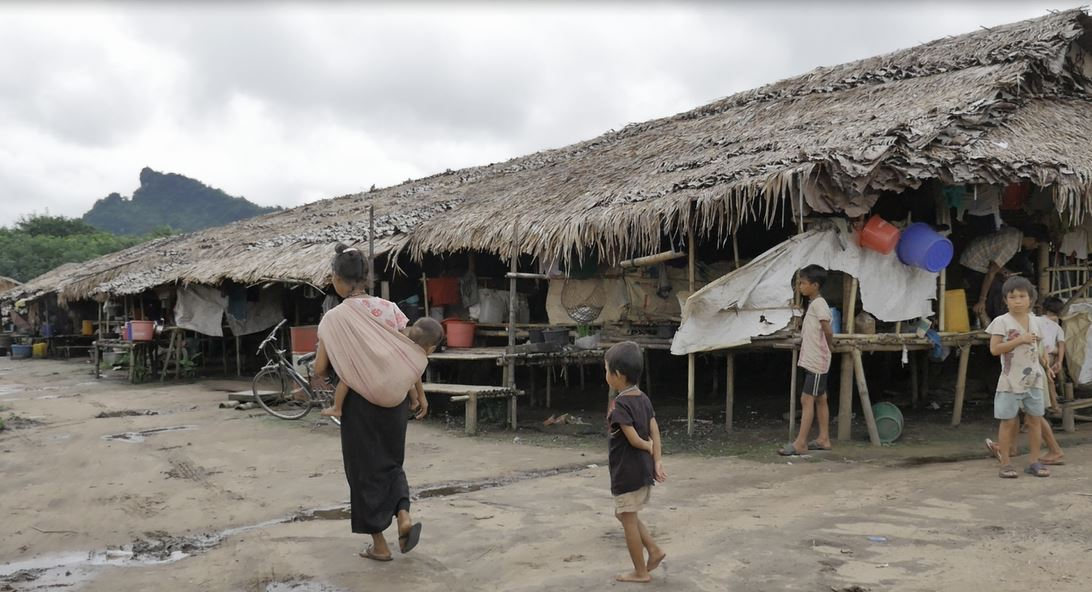 Photo of Fighting in Mae Tha Waw Continues to Displace Villagers Making it a Daily Struggle to Feed the 6,000 Homeless