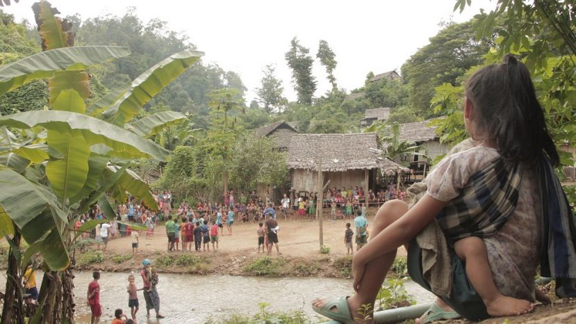 Photo of Myanmar's Karen Displaced in a Quagmire
