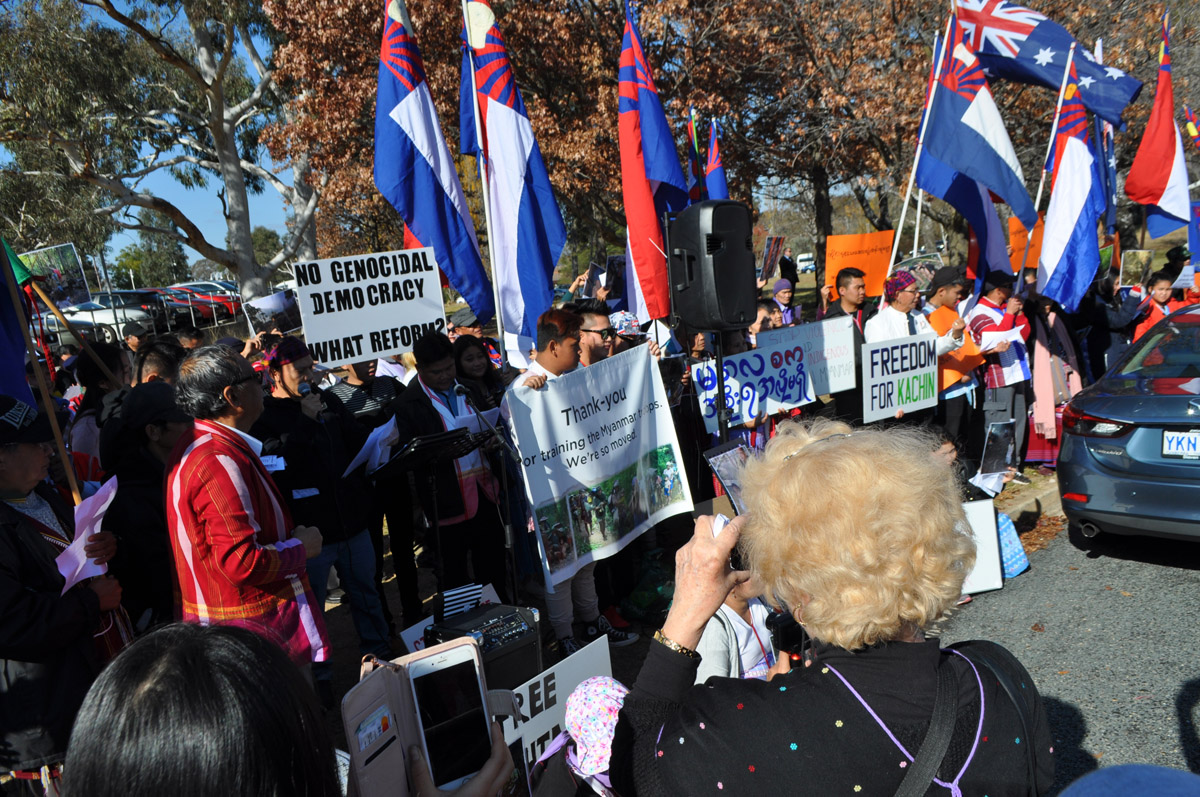 Photo of Australian Karen Community Urge Foreign Minister to Pressure Suu Kyi and Burma's Military to Stop Rights Violations