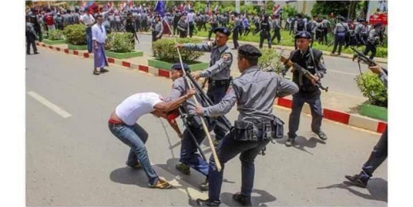 Photo of Youth Alliance Denounces Arrest, Violence Against Bogyoke Statue Protesters