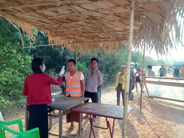 Photo of Burma Army Demand KNU Close its Covid-19 Screening Posts – Despite Community Support