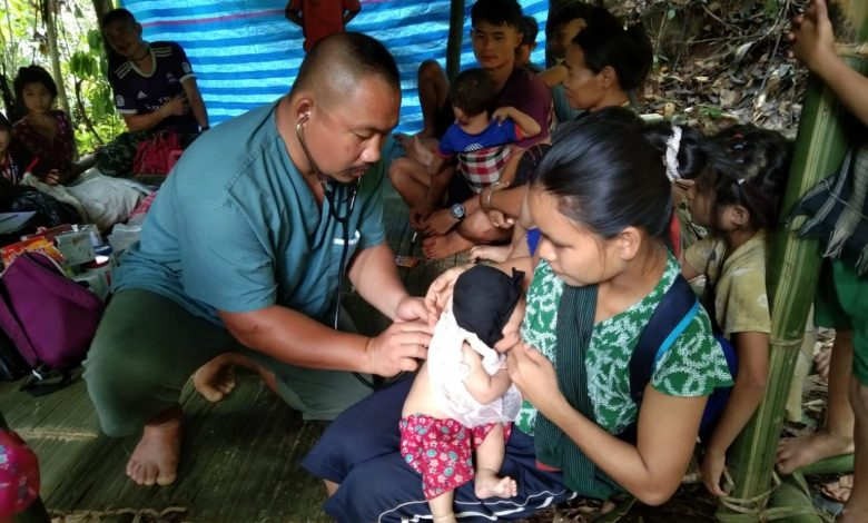 Photo of People Displaced by Burma Army in Karen State Facing Crisis – Aid Workers Call for Food, Medicine, Clean Water to be Urgently Delivered
